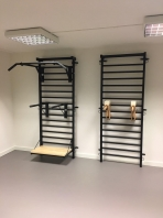 Metall Pull Up bars with side handles for stall bars, code 258