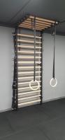 Sprossenwand mit Klimmzug, Metall/Holz, 2.4x0.9 m, Spartan Modell, Artikelnr. 277/Schwarz